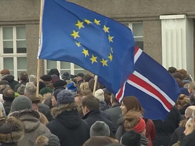 Протест в Исландии: люди хотят в ЕС