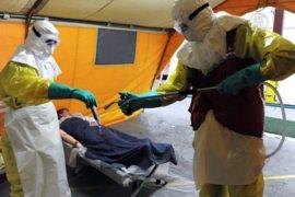 Состояние пациента с Эболой в США ухудшилось