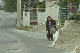 В Греции приняли закон по борьбе с бедностью