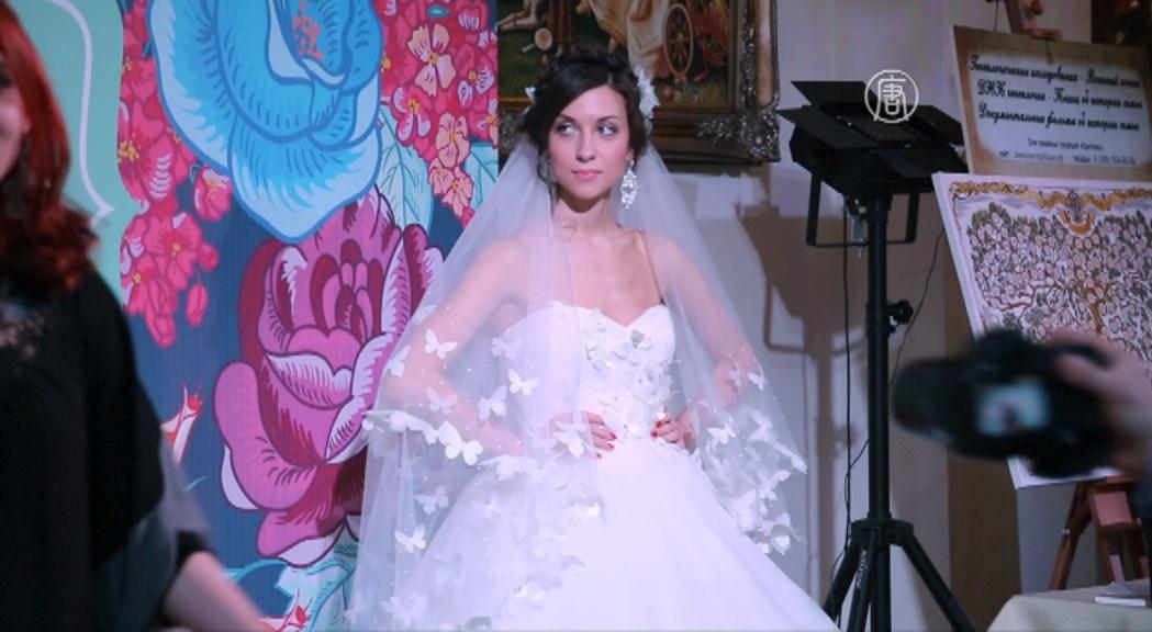 Фотозона на банкете: свадебная мода 2015