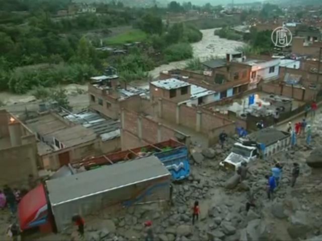 Число жертв оползней в Перу продолжает расти