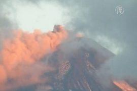 К вулкану Вильяррика запретили подходить на 10 км