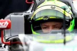 Сын Михаэля Шумахера готовится к гонкам Формулы-4