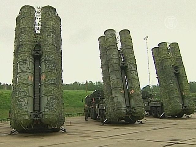 Россия поставит Ирану ракетные комплексы С-300
