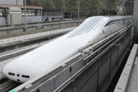 Поезд в Японии побил рекорд скорости