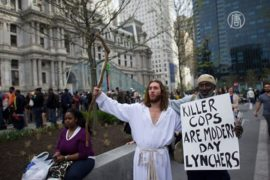 Протест в Филадельфии против жестокости полиции