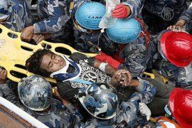 Подросток в Непале выжил после 5 дней под руинами