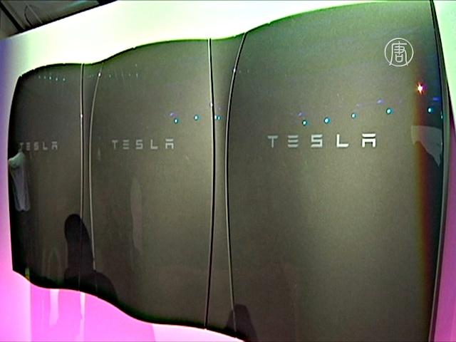 Tesla начинает производить революционные батареи