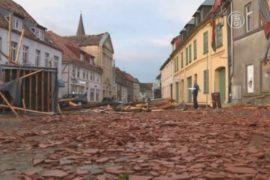 Городок в Германии восстанавливается после торнадо