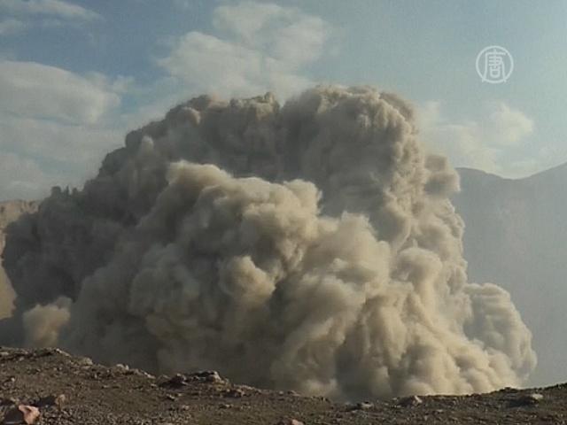 Первые минуты извержения Телики сняли на видео