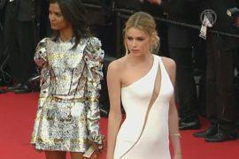 Звёзды прошли по красной дорожке Каннского кинофестиваля 2015