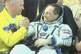 Экипаж с МКС приземлился в казахской степи