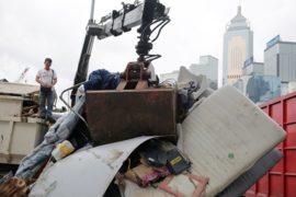 Гонконг: убрали последние палатки протестующих
