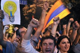Протесты в Армении: танцы на проспекте