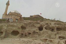 В Турции исследуют огромный подземный город