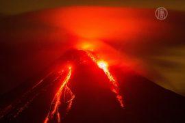 Мексика: людей эвакуируют из-за вулкана