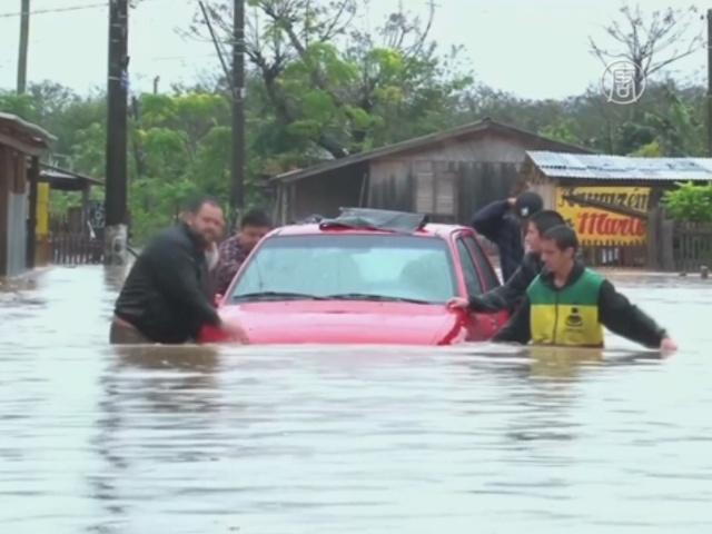 Ливни в Бразилии: 47 000 пострадавших