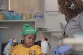 8-летнему мальчику успешно пересадили кисти рук