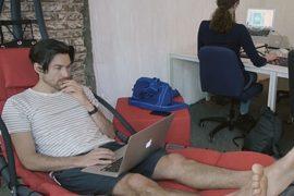 Аренда мест в офисе: как поддерживают стартапы