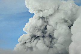 В Эквадоре ввели режим ЧП из-за вулкана