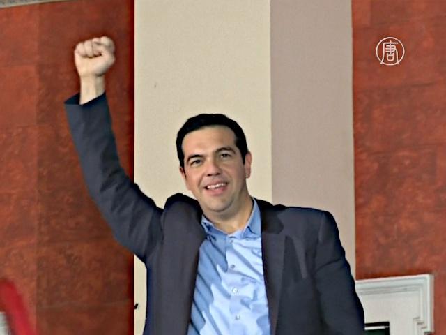 Премьер Ципрас подал в отставку