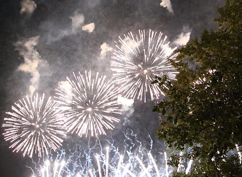 Как в России проходит первый фестиваль фейерверков