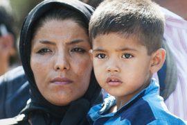 ЕС призывает решать миграционный кризис сообща