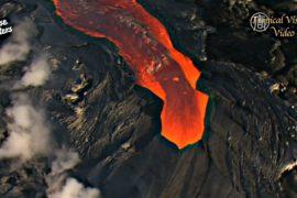 Вулкан на Гавайях активно извергает лаву