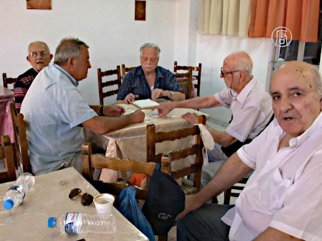 Пенсионеры Греции не хотят голосовать за Ципраса