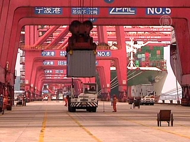 КНР: показатели импорта и экспорта снижаются