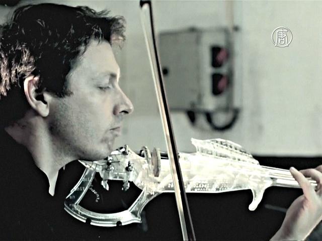 Француз создал прозрачную скрипку на 3D-принтере