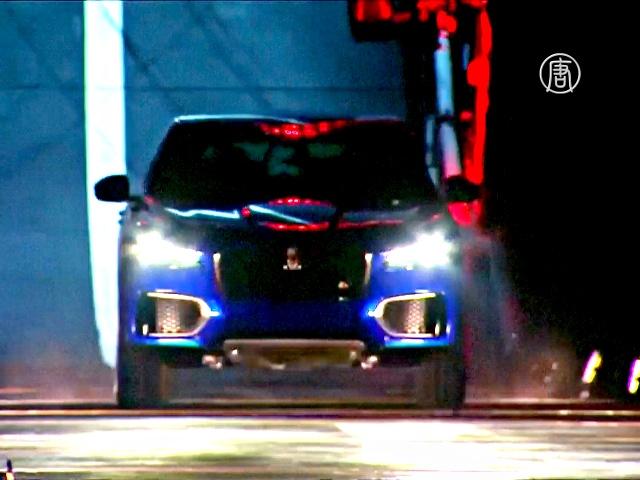 Первый кроссовер Jaguar стал мировым рекордсменом