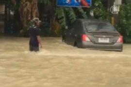 Туристические города Таиланда накрыл шторм