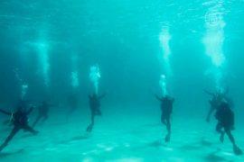 Греция: танцевальное выступление под водой