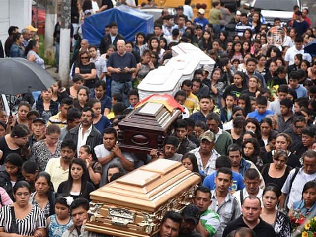 Число погибших в Гватемале увеличилось до 130