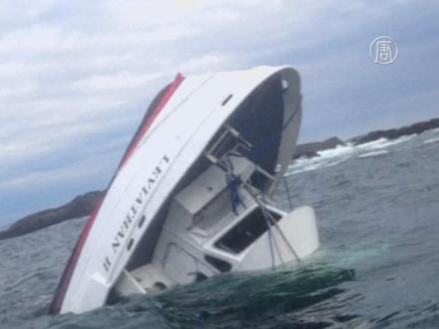 У берегов Канады затонула лодка с туристами