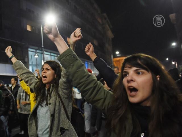 20 тысяч человек вышли на протест в Бухаресте