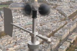 На Эйфелевой башне мониторят парижский воздух
