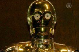 Нью-Йорк: выставка костюмов из «Звёздных войн»