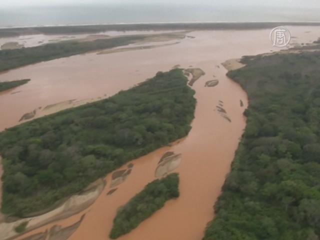 Компанию Samarco обвиняют в гибели реки Риу-Доси