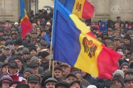 В Молдове — снова многотысячный протест