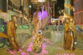 Рождество в Ла-Пасе: город украшают экологично