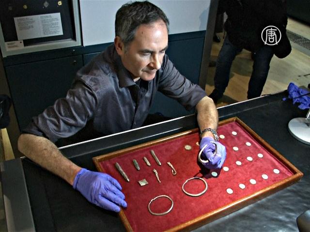 Британец нашёл клад времён Альфреда Великого