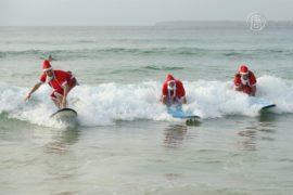 Санты на сёрфах в Австралии пошли на рекорд