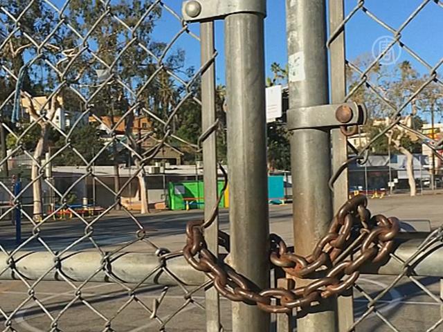 В Лос-Анджелесе закрыли школы из-за угрозы теракта