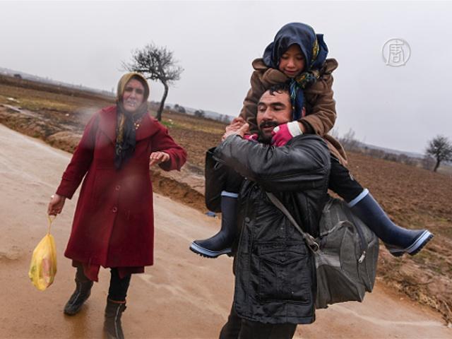 ЕС: Турция пока недостаточно сдерживает мигрантов