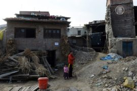 Непальцам, наконец, обещают восстановить дома