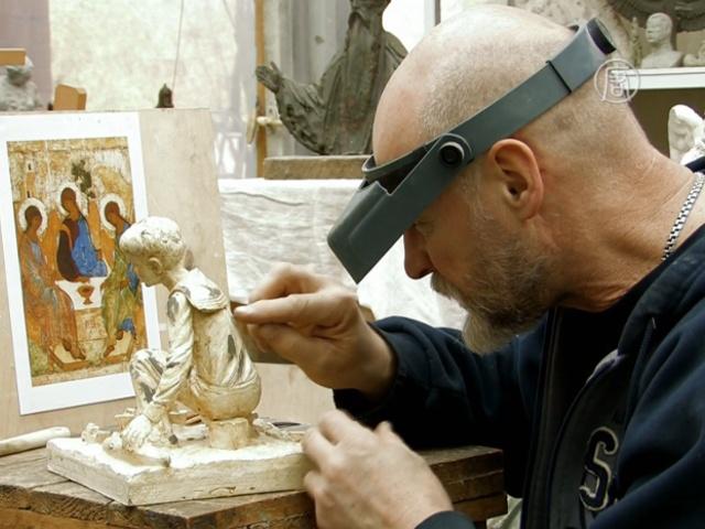 Скульптор продолжает традиции петербургской школы