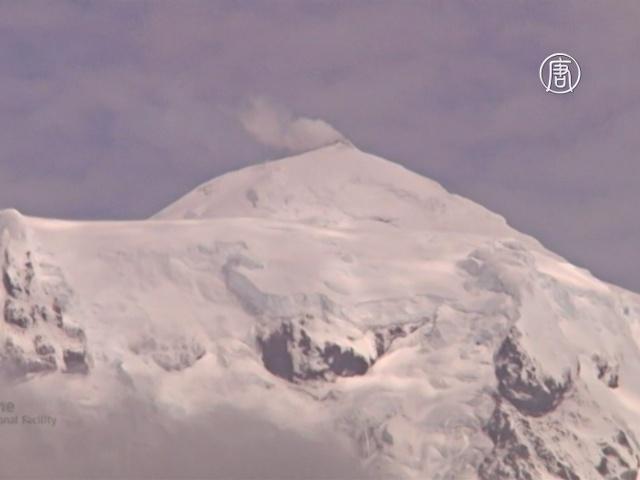 Учёные увидели редкое извержение вулкана