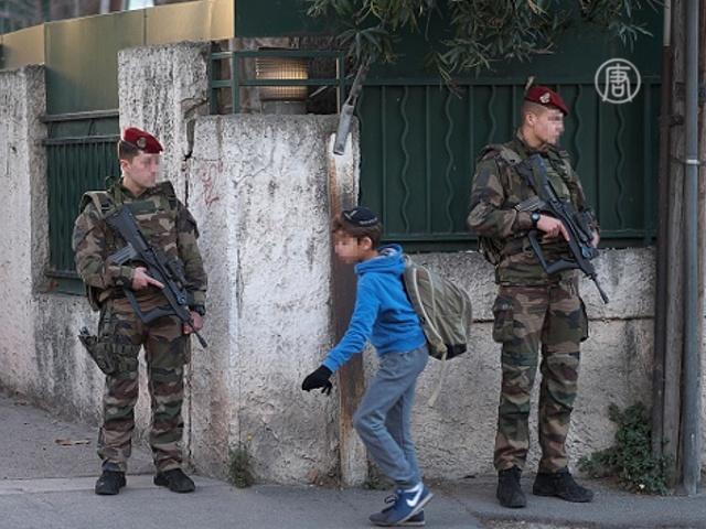 Во Франции хотят продлить режим ЧП